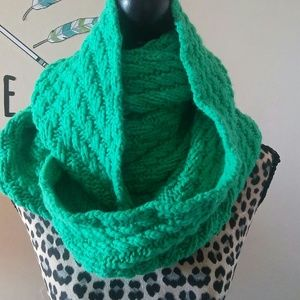 Gap oversized green infinity scarf