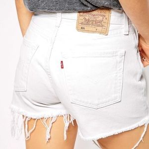 High rise Levi's 501 white jean shorts