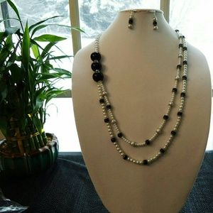 ✔Cute pearl Necklace and Earring set