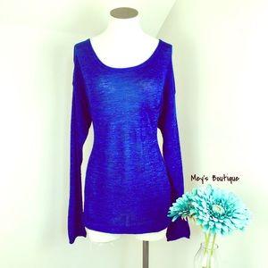 ⭐️H&M Royal Blue Long Sleeve Fall Top⭐️