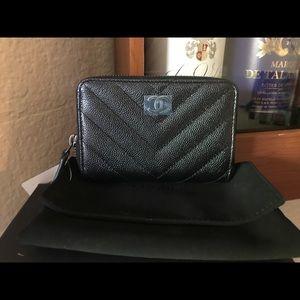 *NEW Chanel black caviar chevron zip coin purse