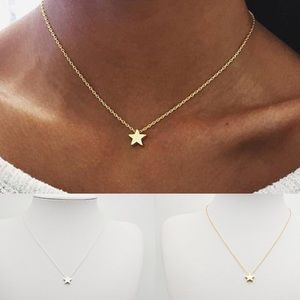 Star Gold Tone Necklace ⭐️