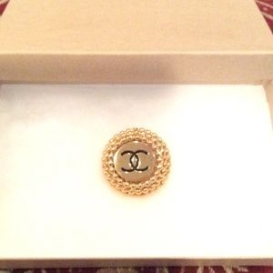 """100% AUTHENTIC """"CHANEL"""" LOGO CLIP ON EARRING"""