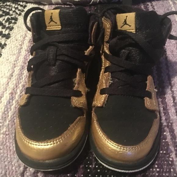 premium selection 54d17 d52d7 Little boys (toddler) black & gold Jordans