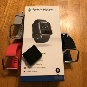 Fitbit blaze: small with 2 extra bands!