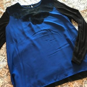 Metaphor Black & Blue Lace Accent Long Sleeve Top