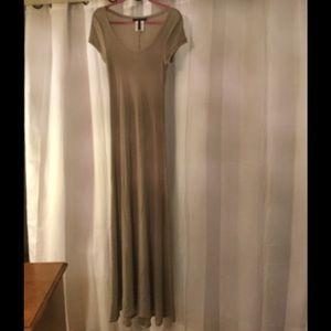 BCBG MaxAzria M maxi dress NWOT hazelnut