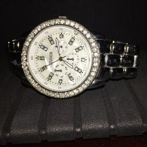 Watch women's , beautiful I hardly use