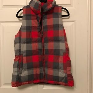 Old Navy plaid puffer vest!