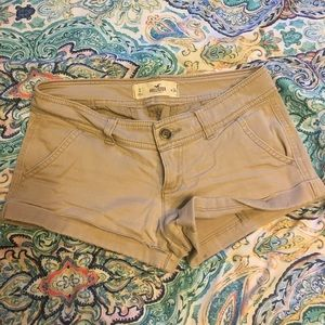 Hollister Khaki Light Tan Colored Shorts