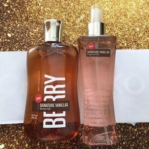 Bath & Body Works Signature Vanilla Berry X2