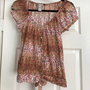 Adorable American Rag floral sheer Lace top s