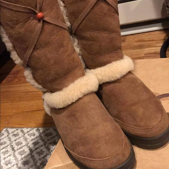 faa57649de3 Women's tall fur Indian style boot.