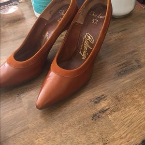 Antique Balenciaga leather pumps vintage 6.5