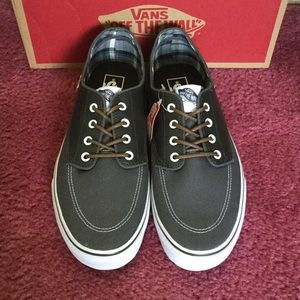 New Authentic Vans men's shoes