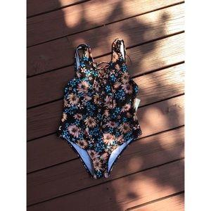 NWT zaful bathing suit