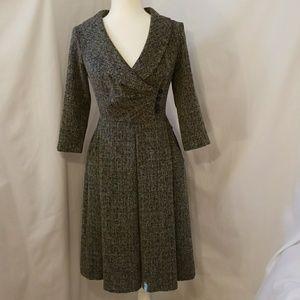 Dresses & Skirts - VINTAGE Portrait Collar Dress