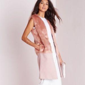 MISSGUIDED Wool Fur Vest  Mauve/ Pink