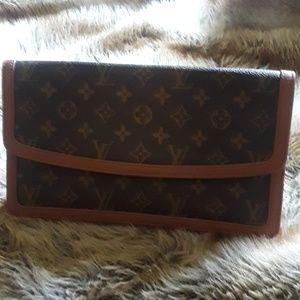 Vintage 80s Louie Vuitton Clutch