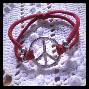 Jewelry - Free with purchase‼️ stretchy peace sign bracelet