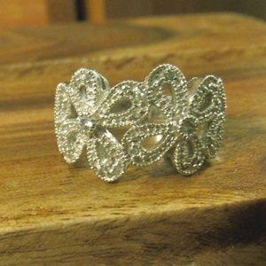 Lia Sophia Abloom Silver Ring Size 7