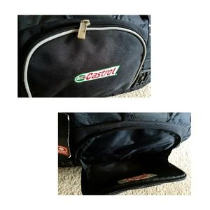 OGIO Bags - 💥BRAND NEW💥 🎒 OGIO Big Dome Duffel Bag 🎒 d19f826d28