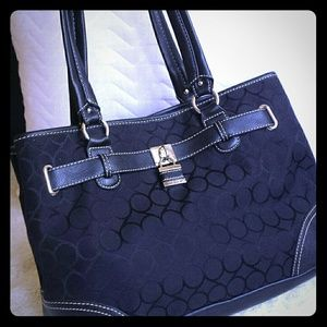 Nine West Black Signature Shoulder Bag Lock Charm