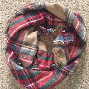 Accessories - Red and tan plaid blanket scarf
