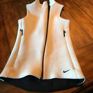 Nike thermafit vest