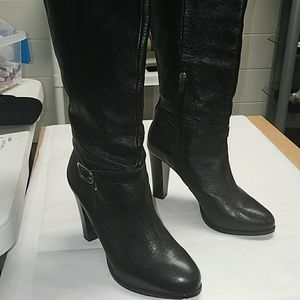 Banana Republic Shawana black boot