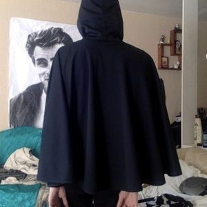 Black Cape with Hood - Vintage (Halloween)