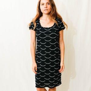 Studio M Navy Blue/White Scalloped Dress Size M