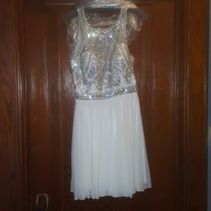 Size 10 Jovani Homecoming/ Formal dress