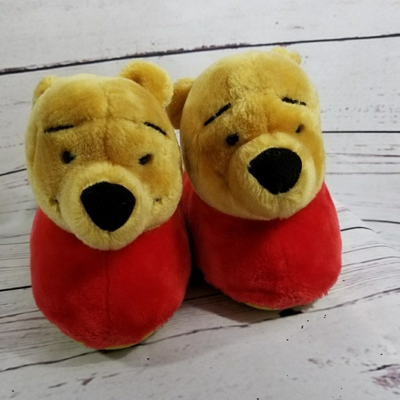 7f13ab011f80 Winnie The Pooh Slippers Size Large 9-10