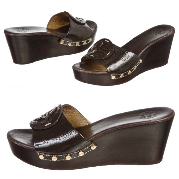 078a25f177ef Tory Burch Patti Wedge Sandal Brown Patent Leather.  M 59c562194225befb7a03911b