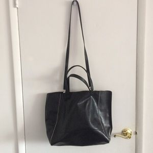 Express Faux Leather Black Tote | Crossbody Bag