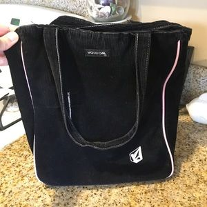 Black Volcom tote bag w/extra see pictures