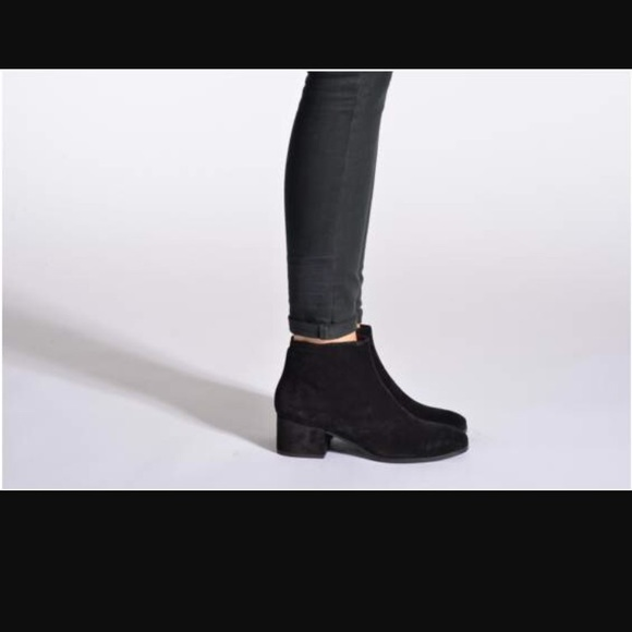 00d9287e3c7 Vagabond Daisy Black Mod suede boots US8 EU38. M 59c566f4713fdec53a03a8b3