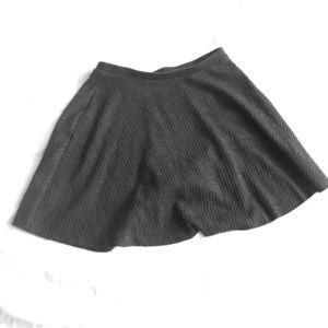 High waisted knit skirt