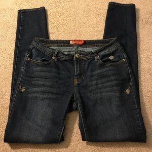 90% off Apple Bottoms Denim - SALE TODAY ONLY**Apple Bottom jeans ...