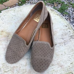 Dolce Vita Suede Smoking Flats in Taupe 8