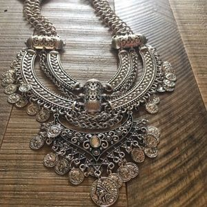 Jewelry - NWT silver colored bohemian  necklace
