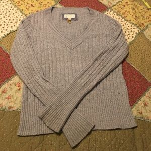 Juniors size Large American Eagle 🦅 gray sweater
