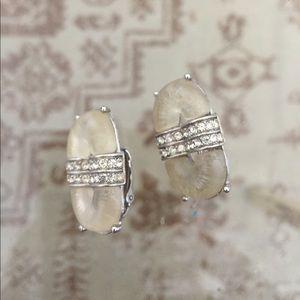 SALE 🎈Vintage Kenneth lane clip on earrings