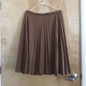 VINTAGE | copper/brown pleated skirt