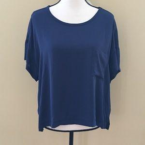 NWT LUSH short sleeve pocket blouse M
