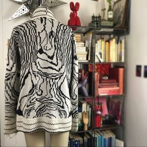 UO Ecote Sweater Cardigan w Abstract Pattern