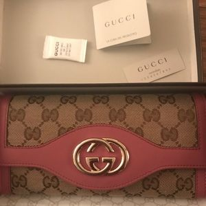 Gucci Sukey Interlocking GG Continental Wallet