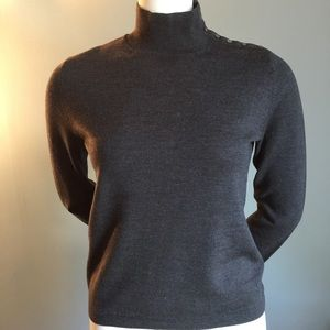 Banana Republic Gray Sweater