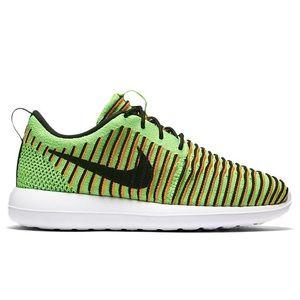 Nike Roshe Shoes on Poshmark